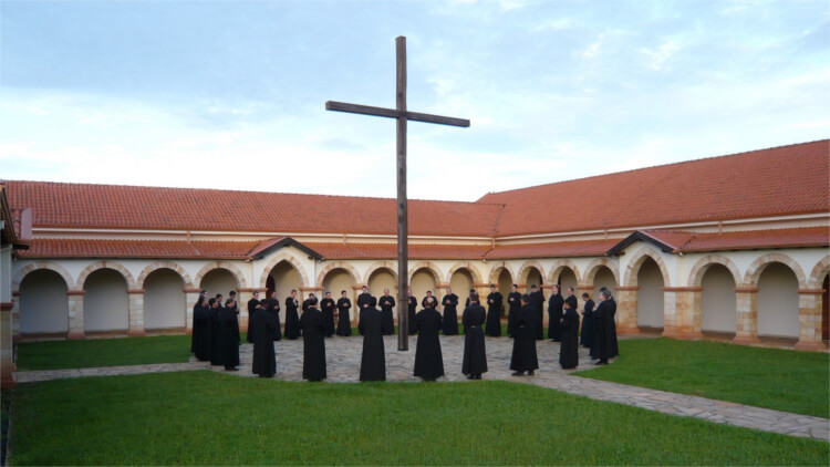Order of the Canons Regular of the Holy Cross - Charism - Active and Contemplative